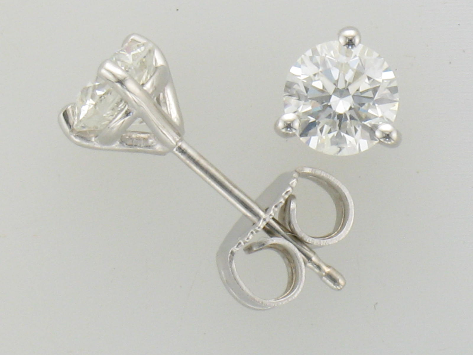 solitaire martini studs earrings diamond round white stud set classic quality products carat gold prong cirelli