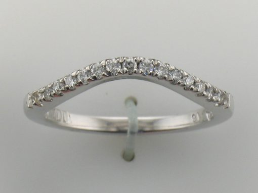 15 Diamond Platinum curved band curve 7 SI1 clarity and G-H color .15 carat total size 4.5