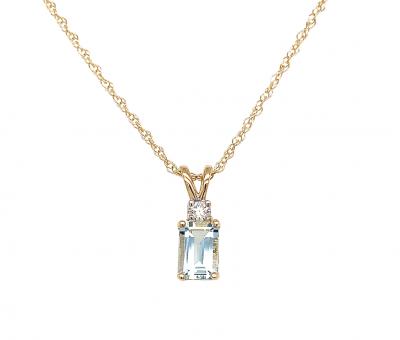 emerald cut aquamarine pendant